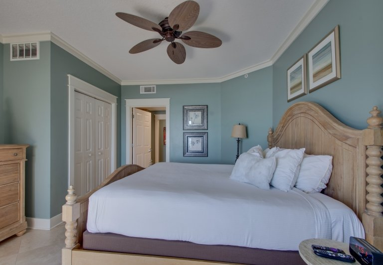 bedroom at westwinds